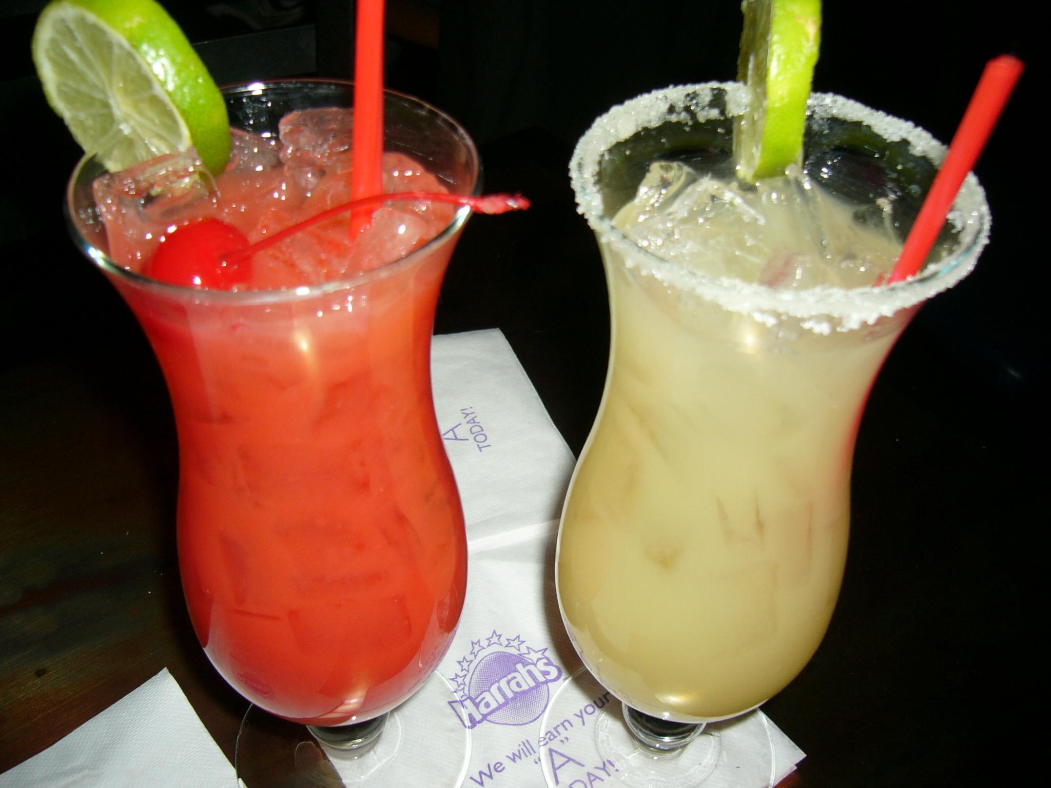 Jakie drinki warto serwować w barze?